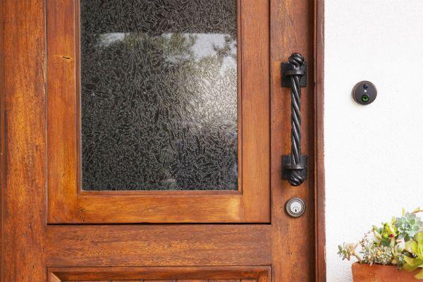 skybell-frontdoor